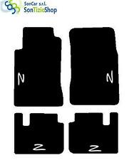 TAPIS NISSAN 300ZX SUR MESURE, décoration : Z blanc + 4 Fixer Universel