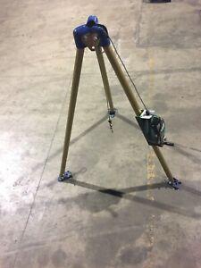 Confined Space Tri-Pod