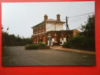 PHOTO  KENT SNODLAND RAILWAY STATION 1992 EXTERIOR
