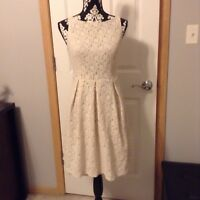 Women's Beautiful Jones Wear Cream Lace Dress Size 6