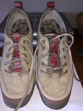 Merrell sneakers sz 8 - excellent condition