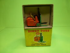 DINKY TOYS 401 COVENTRY CLIMAX FORK LIFT TRUCK - ORANGE - GOOD IN BOX