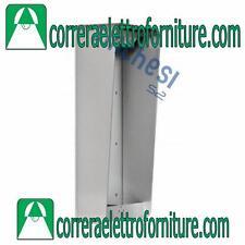 Custodia a parete senza cornice con visiera 3 moduli URMET 1148/313