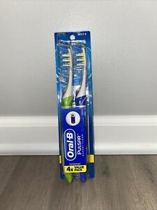 Oral-B Electric Toothbrush, Battery Powered Pulsar Expert Clean, Soft, 4ct Pack
