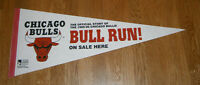1995-96 Chicago BULLS RUN pennant advertising Michael Jordan 70 win season