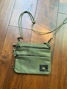 Brand New ALPHA INDUSTRIES Messenger Bag Shoulder Bag Sacoche Green Olive