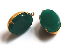 VINTAGE 2 CHRYSOPHRASE GREEN GLASS OVAL PENDANT BEADS • 16x11mm • JADE