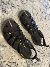 NEW Keen Clearwater CNX Mens Black Sport Sandals Size 10