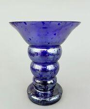 Art Deco  Vase, im Stil von Jean Beck, blaues irisierendes  Glas, Höhe 17,5 cm