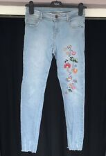Zara Skinny Jeans Size 8 Floral Embroidered Raw Hem Distressed Blue Mid Rise