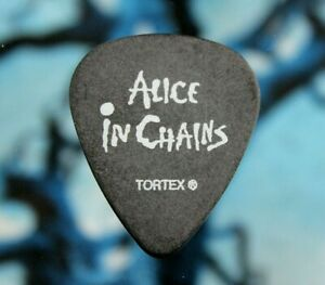 ALICE IN CHAINS // Jerry Cantrell 2008 Tour Guitar Pick // Black/White