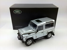 Kyosho 1:18 Land Rover Defender 90 Short Wheel Indus Silver Die-Cast Metal Model