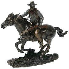 John Wayne Resin Figurine : Riding On Horse  26cm x 30cm x 10cm