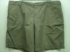 Columbia Men Golf Walking Casual shorts Tan Khaki 100% cotton size (44 x 8 1/2)