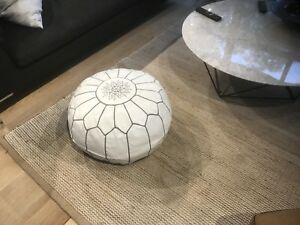 New Moroccan Leather Ottoman Pouffe Pouf Footstool In White & Grey Stitch