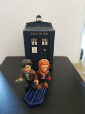 Doctor Who (11th) Amy & Tardis (Character Building)
