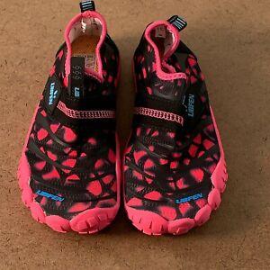 UBFEN Toddler Girls Shoe Size 13 Pink Barefoot Aqua Socks Water Shoes New
