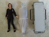 The X-Files Agent Scully with Hospital Bed and Alien-Vintage 1998