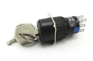 Schlüsselschalter 15 mm mit 3 Schaltstellungen, 2 x Schliesser, 2 x Öffner AC/DC