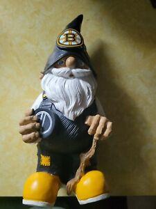 Boston Bruins NHL hockey puck bar dorm patio Garden statue figure Gnome 12-inch