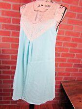 Buttons brand dress size Medium womens summer aqua textured EUC mesh lace