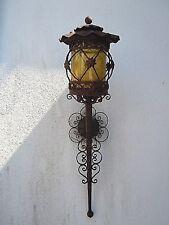 Lanterne applique ancienne fer forge ouvrage verre jaune orange