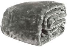 500 GSM Paxton & Wiggin Luxury Classic Grey Faux Fur Queen / King Mink Blanket