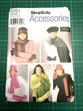 Hats Gloves & Scarves Sewing Pattern NEW & UNCUT Simplicity 5251 Accessories