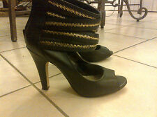 Steve Madden Black Leather Shoes Heels Boots Zipper Unique Size 7 WORE IT ONCE
