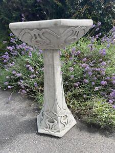 Bird Bath Art Nouveau Deco Style Bird Bath,Concrete stone ,Bird Bath font