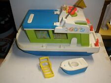 1972 Fisher Price #985 Little People Houseboat with small boat & lounge chair