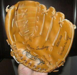 Rawlings RBG160 Ryne Sandberg Chicago Cubs Deep Well Pocket Baseball Glove Youth