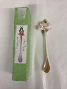 Two's Company Garden Party Decirative Porcelain Spoon