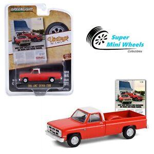 Greenlight 1:64 - Vintage Ad Cars - 1984 GMC Sierra 2500 (Red)