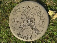 Stepping stone garden ornament (Robin)