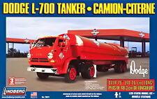 LINDBERG 1/25 DODGE L700 TANKER CAMION CITERNE PLASTIC MODEL KIT LB73072