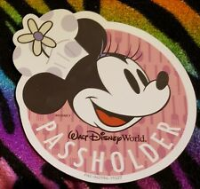 Walt Disney World Passholder Magnet Pink Minnie Mouse Food and Wine Epcot
