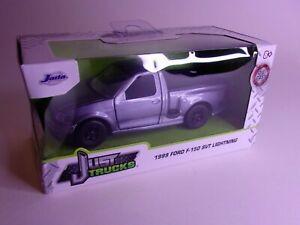 Jada Toys 1:32 Just Trucks 1999 Ford F150 SVT Lightning *Box Damage Please Read*