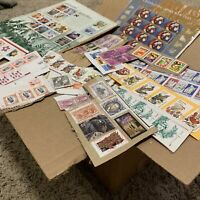 BOX LOT US STAMP COLLECTION. 1'000's OF ON PAPER STAMPS FROM THE USA