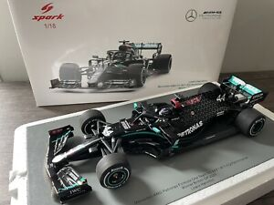 SPARK LEWIS HAMILTON MERCEDES AMG F1 W11 1/18 SCALE WINNER BRITISH GP 2020