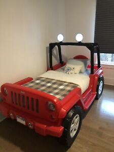 """Excellent Little Tikes Jeep Wrangler Bed With Outstanding """"Green"""" Twin Mattress"""