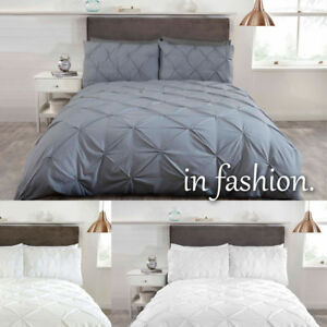 Luxury Pleated Pintuck Duvet Quilt Cover Bedding set with Pillow cases