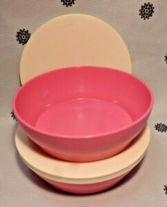 Brand NEW Tupperware Set of 2 520ml Bowls Pink with White Seals