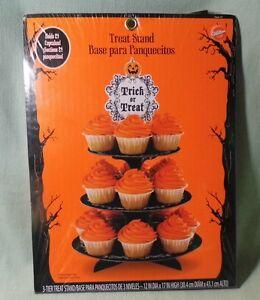 Wilton Cupcake Stand Halloween Trick or Treat - 3 Tier - Holds 24 Cupcakes NIP