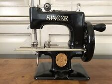 Vintage, Singer #20-10 Sewhandy Child's Sewing Machine