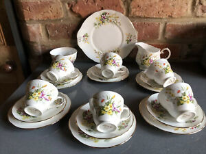 Vintage 21 Piece Duchess China Spring Tea Set Trios Mint Con Cafe Afternoon Tea