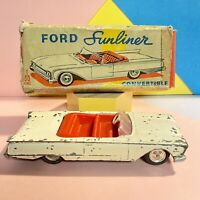 Lone Star Roadmaster Ford Sunliner 1/50th scale Used in Worn Box #1345