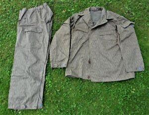Original NVA Felddienstuniform, Kampfanzug, DDR Regentarn, ungetragen, Depot