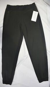 NWT $98 Athleta Size 10 Petite Black Textured Brooklyn Jogger Pant  #566689