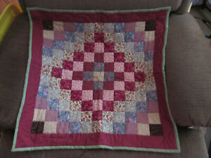 "Vintage Small Handmade Quilt 24.5"" x 24.5"" Beautiful-Wall Hanging Quilt signed"